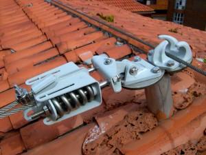 Linea-de-vida3-300x225 Instalación de elementos de Seguridad